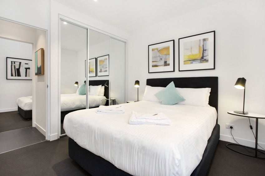 Caulfield Apartments - Bedroom